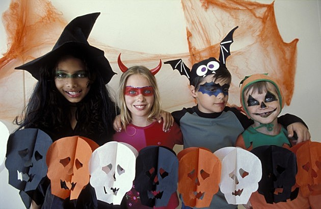 Top 5 Twin Falls Costume Shops For Last Minute Halloween Costumes  sc 1 st  95.7 KEZJ & Top 5 Twin Falls Costume Shops